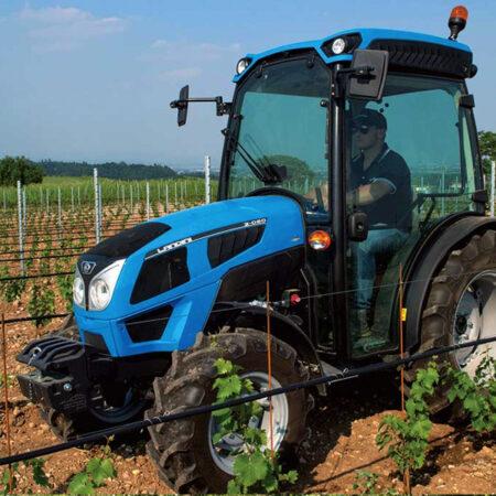 Landini Serija 2 s kabinom kokot agro jastrebarsko traktor hrvatska kupovinaLandini Rex 4 s kabinom kokot agro jastrebarsko traktor hrvatska kupovina